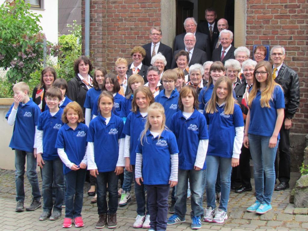 Kirchen- und Jugendchor- 1